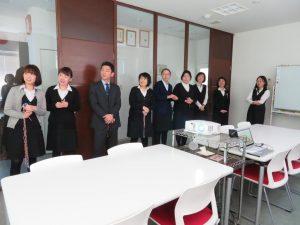 所長作成の復帰おめでとう動画鑑賞中