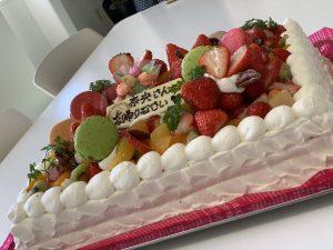 押川春月堂本店様のケーキ